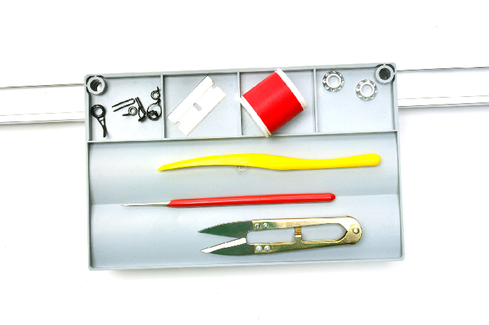 Keep everything in hands reach with the RBS Rolling Tool Tray.